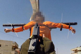 ISIS crucifies and executes captives in 'video game killing'