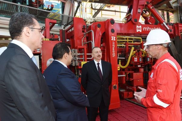 Azerbaijani president attends opening of drilling plant in SOCAR's base