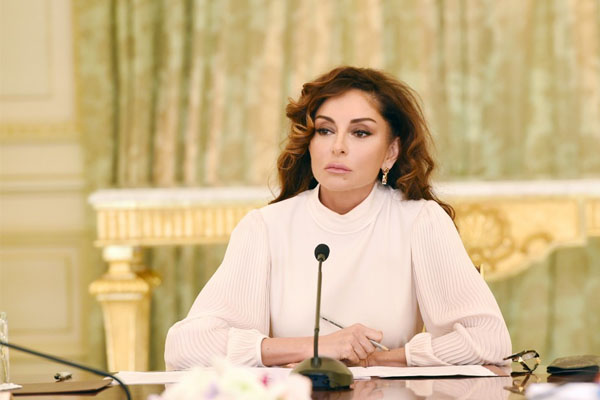Today First Vice-President of Azerbaijan Mehriban Aliyeva celebrates her birthday (PHOTO)