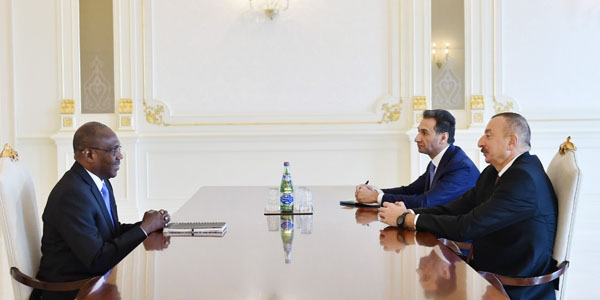 President receives executive director of Smart Africa
