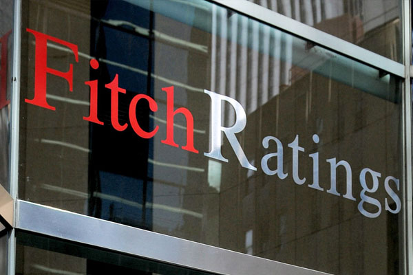 Fitch: Manat rate to remain stable during next two years