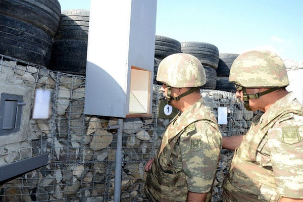 Azerbaijan Defense Minister visited foremost military units (PHOTO/VIDEO)