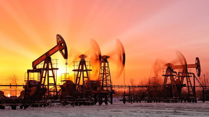 Azerbaijani oil price keeps falling