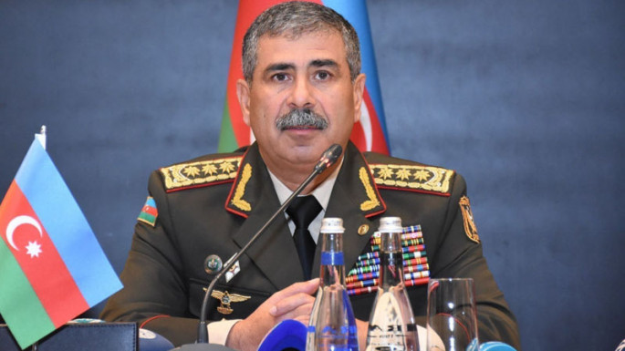Defense Minister hears reports on progress of exercises